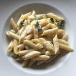 Nudeln mit Zucchini-Käsesauce